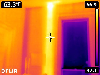 FLIR E8 Heated Pipe
