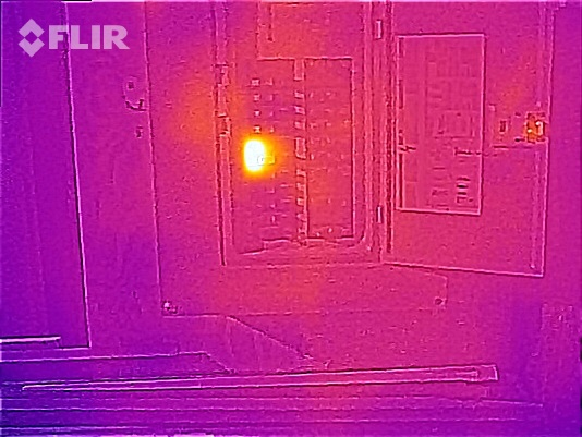 FLIR ONE Electrical Inspection